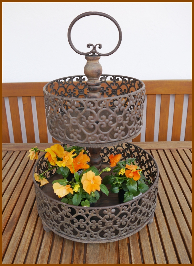 shabby chic etagere 2 stufig vintage landhausstil holz metall 55 cm ho neu ebay. Black Bedroom Furniture Sets. Home Design Ideas